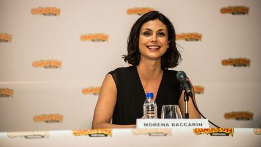 """Morena Baccarin na Comic-Con para promover a série """"Gotham"""""""