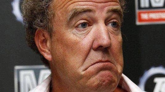 """É oficial: Jeremy Clarkson foi despedido do """"Top Gear"""" pela BBC"""
