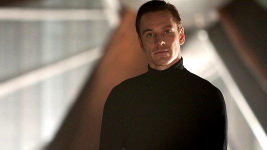 Michael Fassbender negoceia papel de assassino em série
