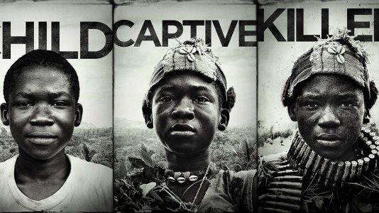 "Imagens fortes nos posters de ""Beasts of no Nation"""