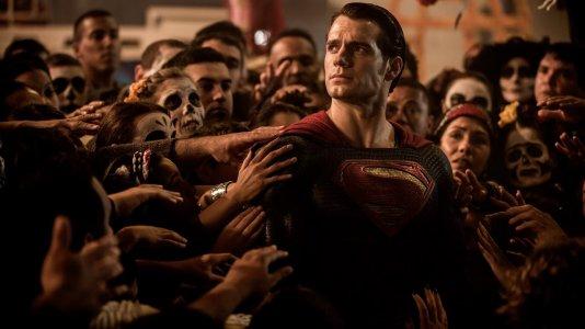 """[Terminado] Ganhe convites para a antestreia de """"Batman v Super-Homem: O Despertar da Justiça"""" em Lisboa"""
