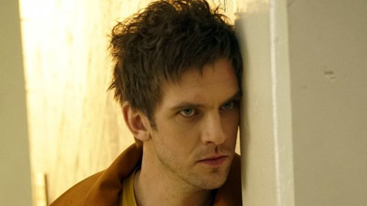 """Promo da série """"Legion"""" mostra nova imagem do protagonista de """"Downton Abbey"""""""