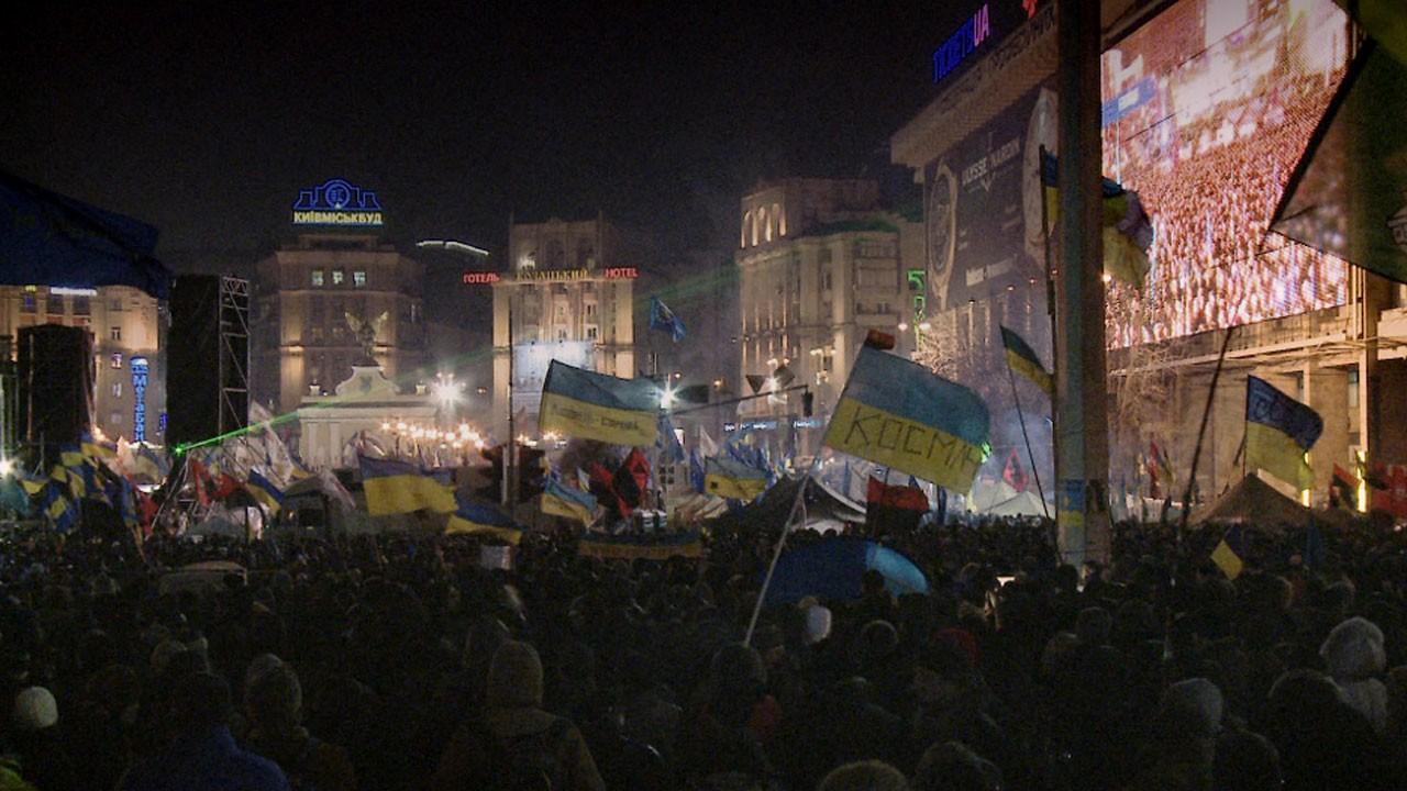 A Praça (Maidan) / Maidan (2014)