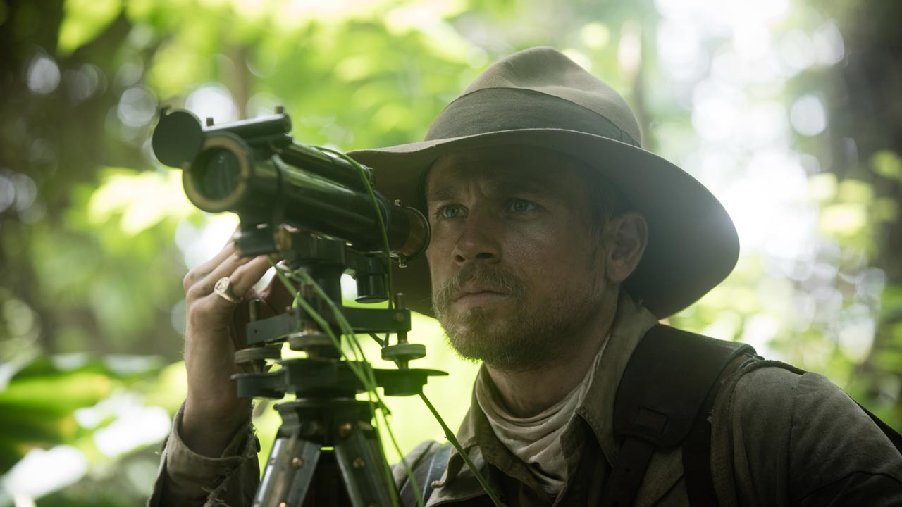 "Charlie Hunnam explora a floresta amazónica no primeiro trailer de ""The Lost City of Z"""