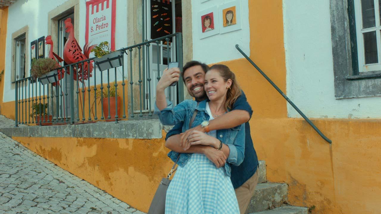 """""""Alguém Como Eu"""" junta estrelas do Brasil e de Portugal numa comédia romântica em Lisboa"""
