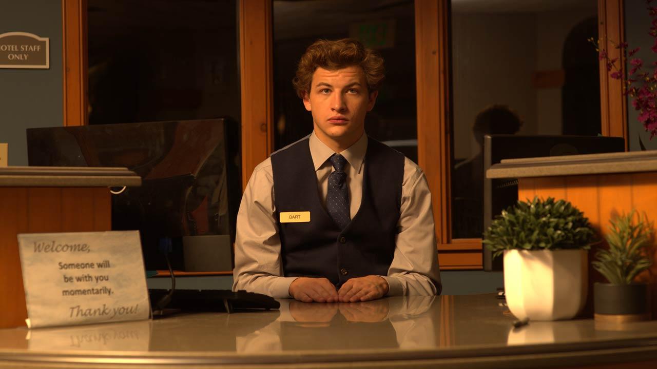 O Rececionista / The Night Clerk (2020)