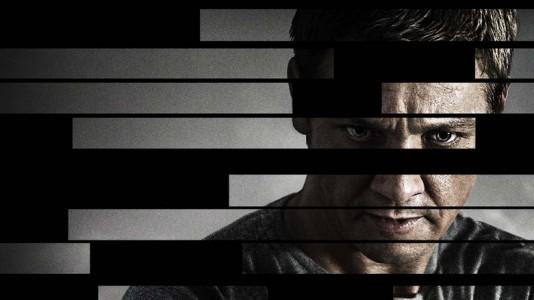 """Homem dispara contra o próprio traseiro durante sessão de """"O Legado de Bourne"""""""