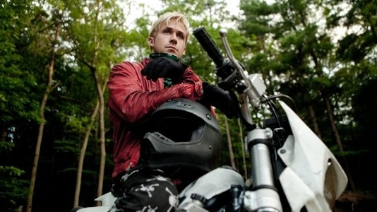 "Ryan Gosling no trailer de ""The Place Beyond the Pines"""