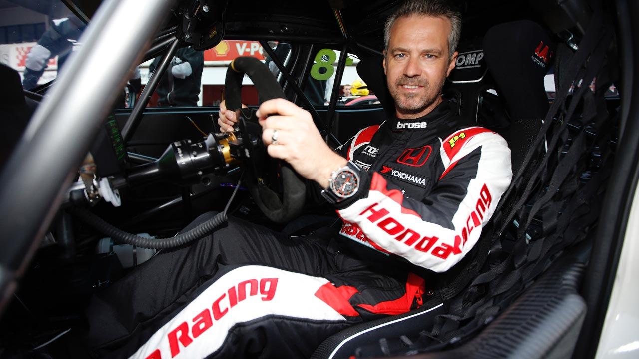 Eurosport transmite em direto o regresso de Tiago Monteiro às corridas do WCTR