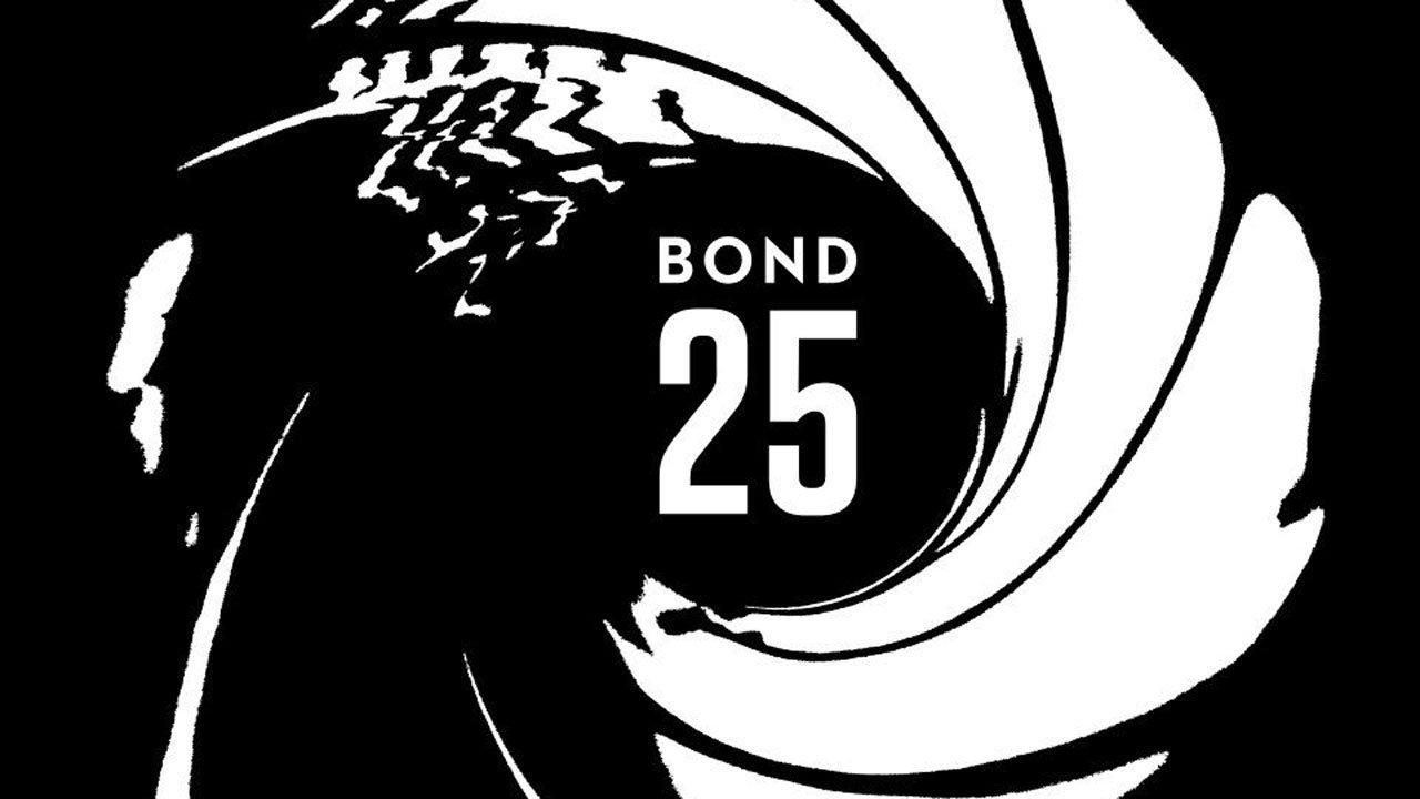 Camera oculta encontrada na casa de banho das mulheres durante a rodagem do próximo James Bond