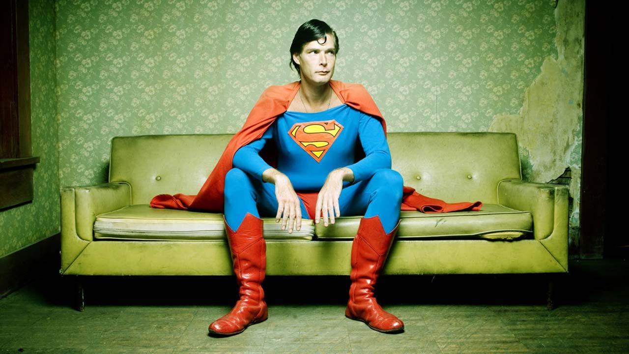Morreu Christopher Dennis - o homem que se vestia de Super-Homem