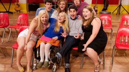 """Candidatos a estrela regressam às aulas em """"The Glee Project"""""""