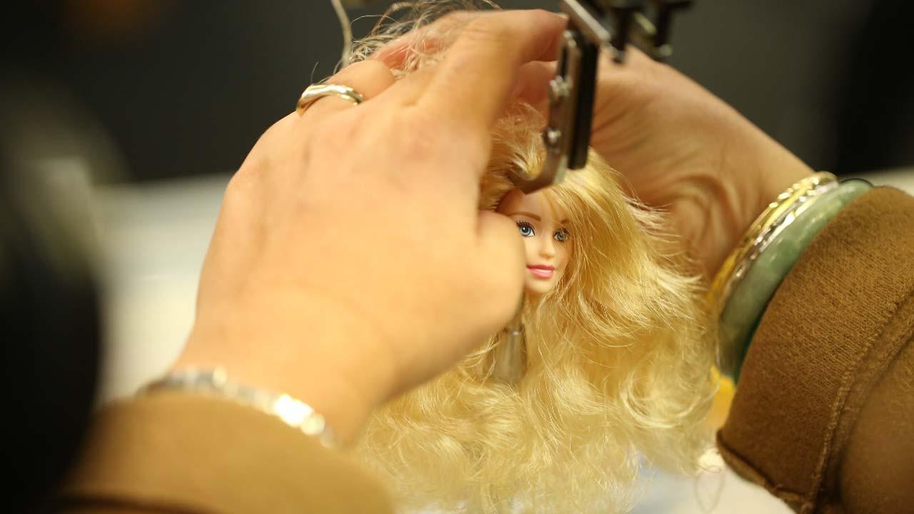 """Odisseia estreia """"Tiny Shoulders: A Repensar a Barbie"""""""