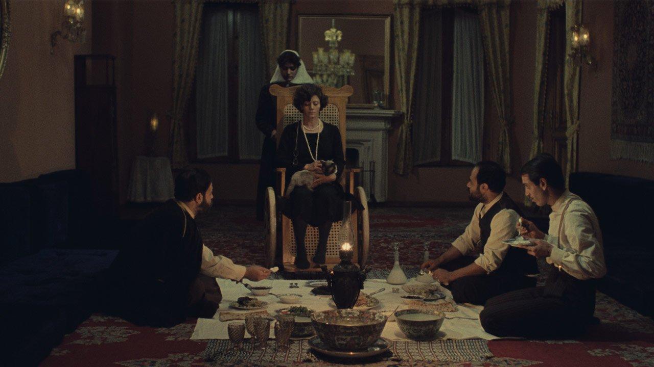 """""""The Chess Game of the Wind"""": a história do filme perdido no Irão do Ayatollah"""