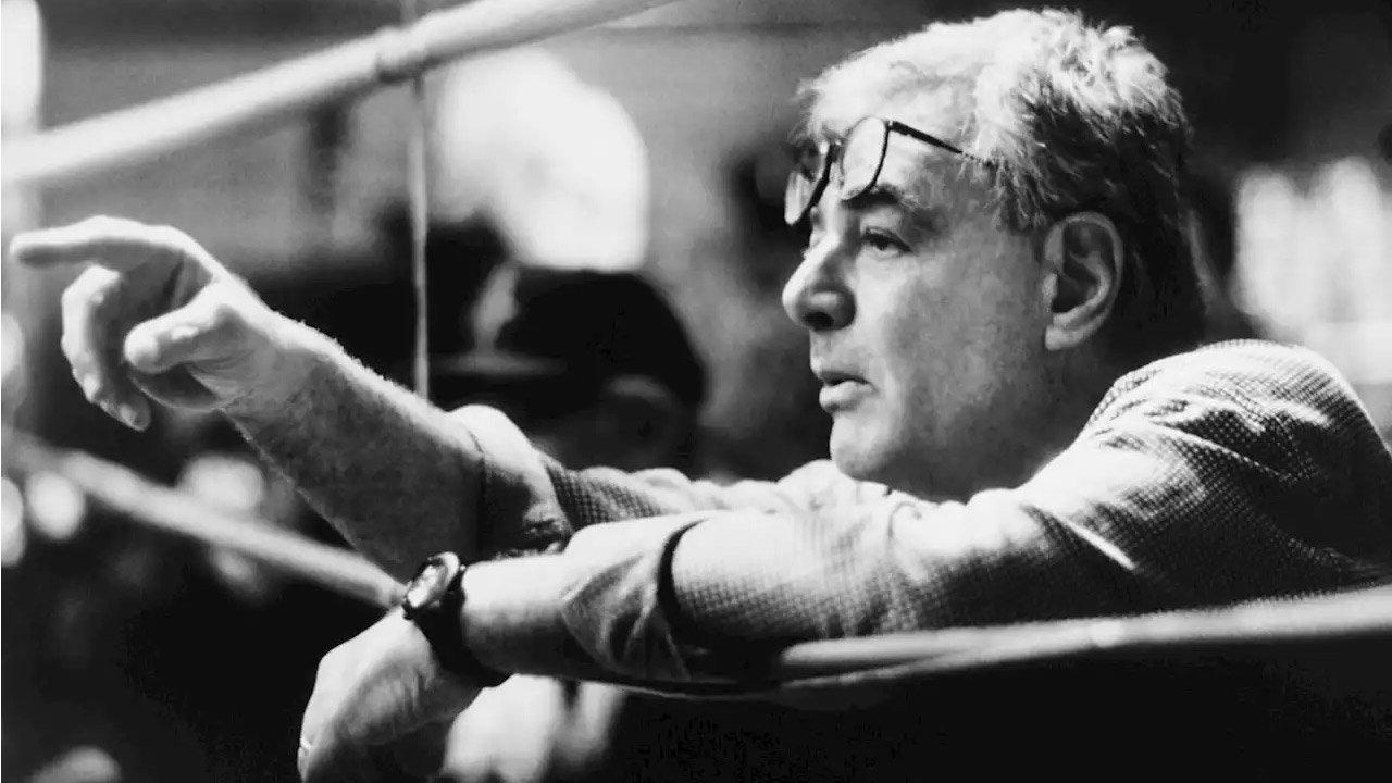 """Morreu realizador do primeiro """"Superman"""" - Richard Donner tinha 91 anos"""