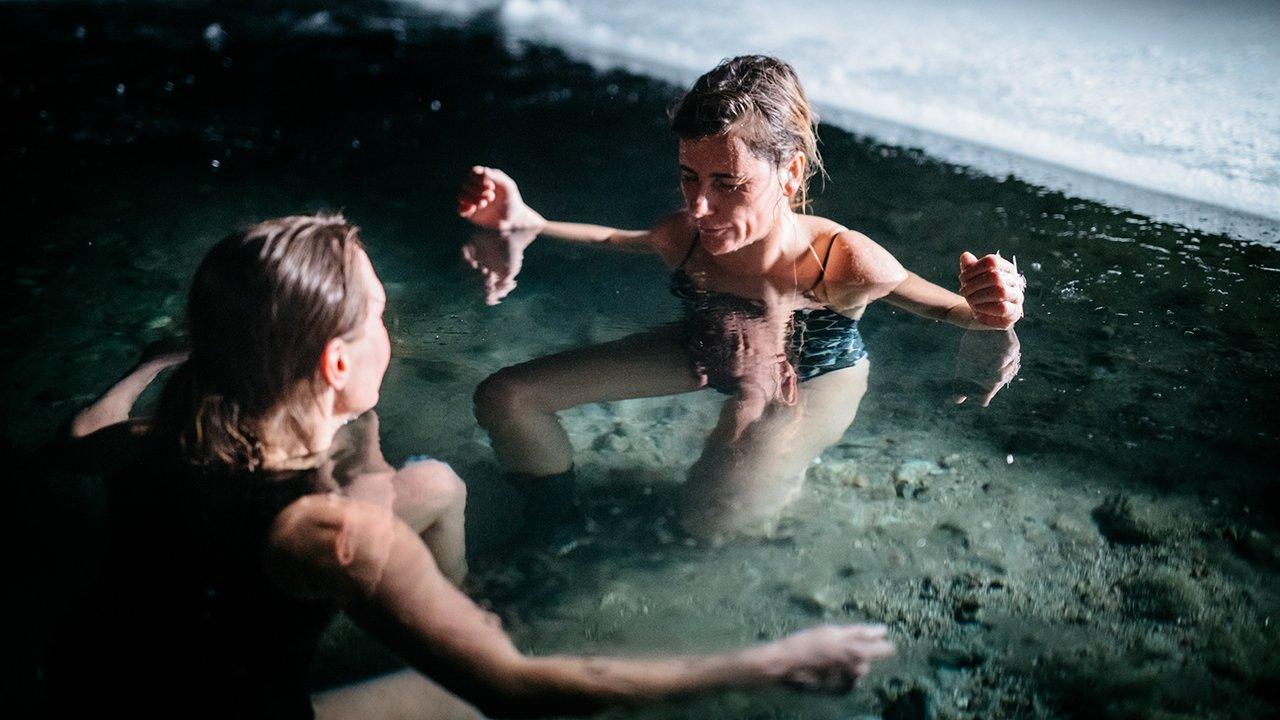 Canal Odisseia exibe documentário sobre a surfista Joana Andrade