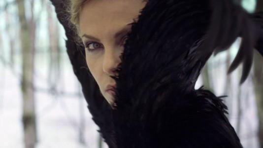 """Florence and The Machine assina tema original para """"Branca de Neve e o Caçador"""""""