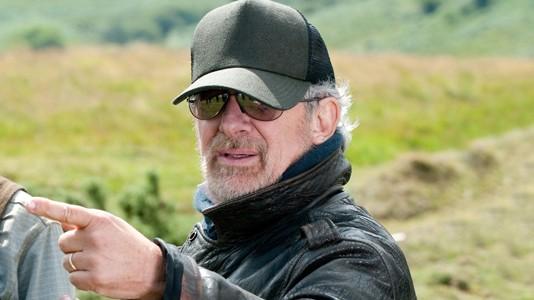 """Spielberg adia """"Robopocalypse"""""""