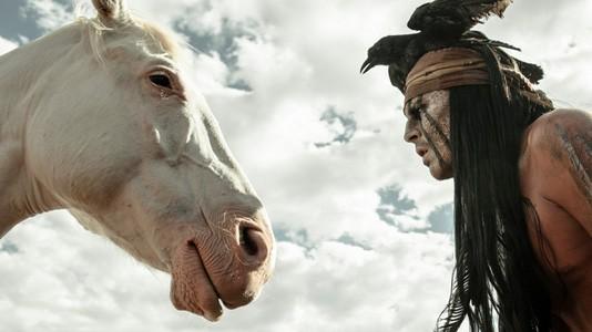 """""""O Mascarilha"""": veja mais uma imagem de Johnny Depp a fazer de Tonto"""