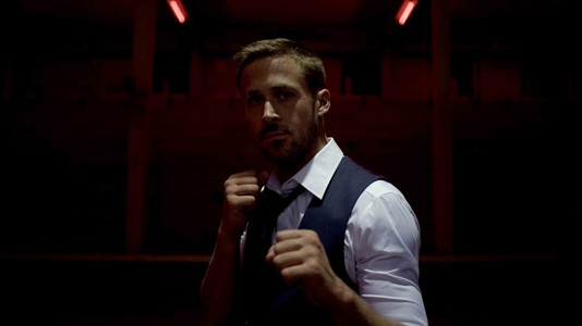 "Karaoke tailandês e Ryan Gosling no trailer para adultos de ""Only God Forgives"""