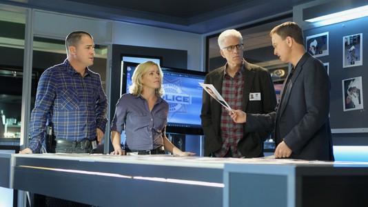 """Em maio no AXN: """"CSI"""" e """"CSI Nova Iorque"""" juntas em emissão especial."""