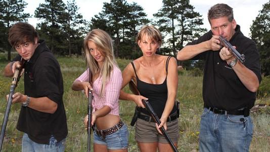 """""""Pára ou a minha família dispara!"""" estreia em maio no Discovery Channel"""