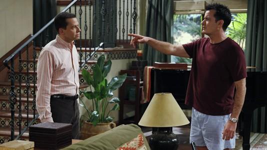 """Temporada oito de """"Dois Homens e Meio"""" chega em junho ao AXN White"""