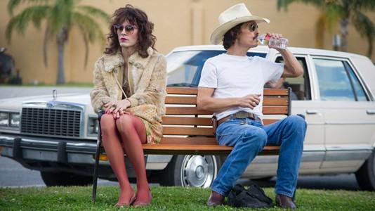 """Matthew McConaughey no trailer de """"Dallas Buyers Club"""""""