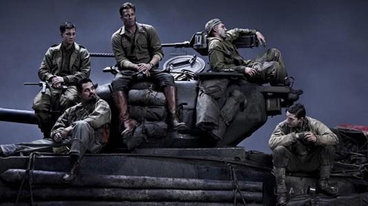 """""""Fury"""": Brad Pitt em cima de um tanque"""