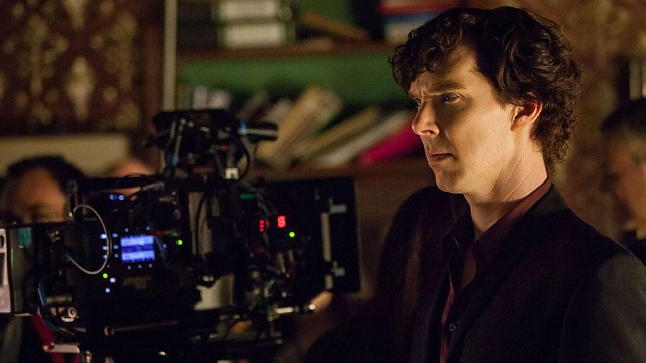 Sherlock vive na nova promo da terceira temporada