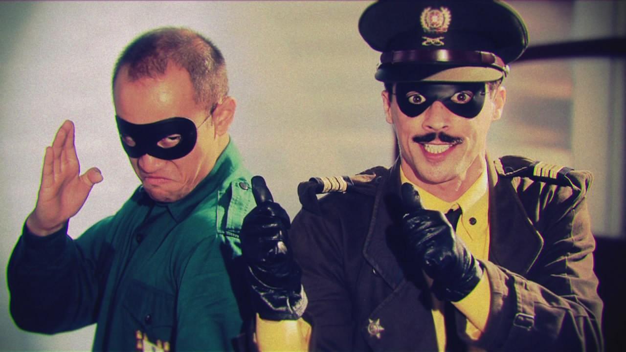 """Aqui está o esperado trailer de """"Capitão Falcão"""""""