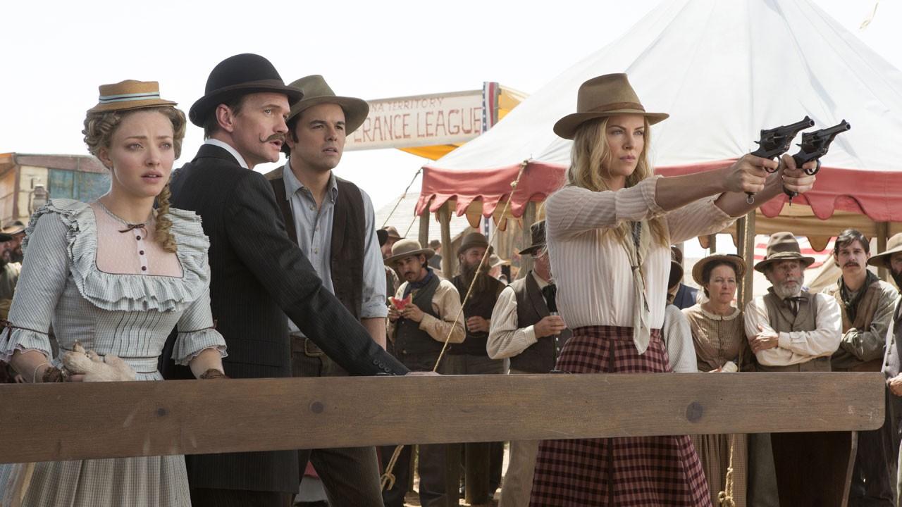 Seth MacFarlane de boca aberta com os talentos de Charlize Theron