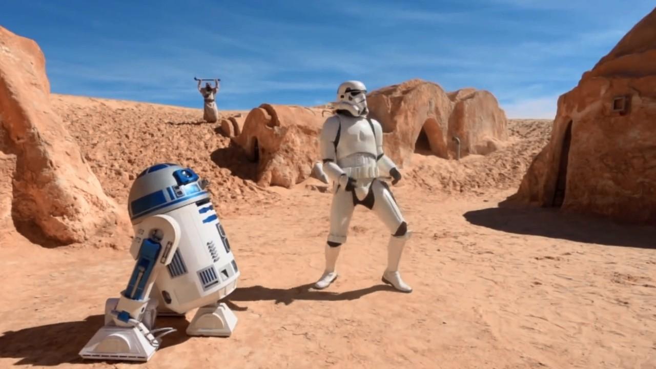 """Fãs de Star Wars realizam vídeo de """"Happy"""" na Tunisia"""