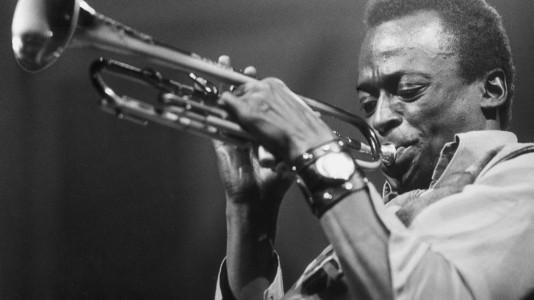 A vida de Miles Davis no grande ecrã