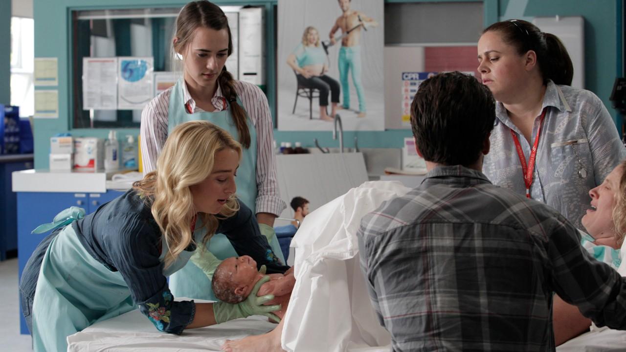 """Quarta temporada de """"Descobrindo Nina"""" chega em junho ao AXN White"""