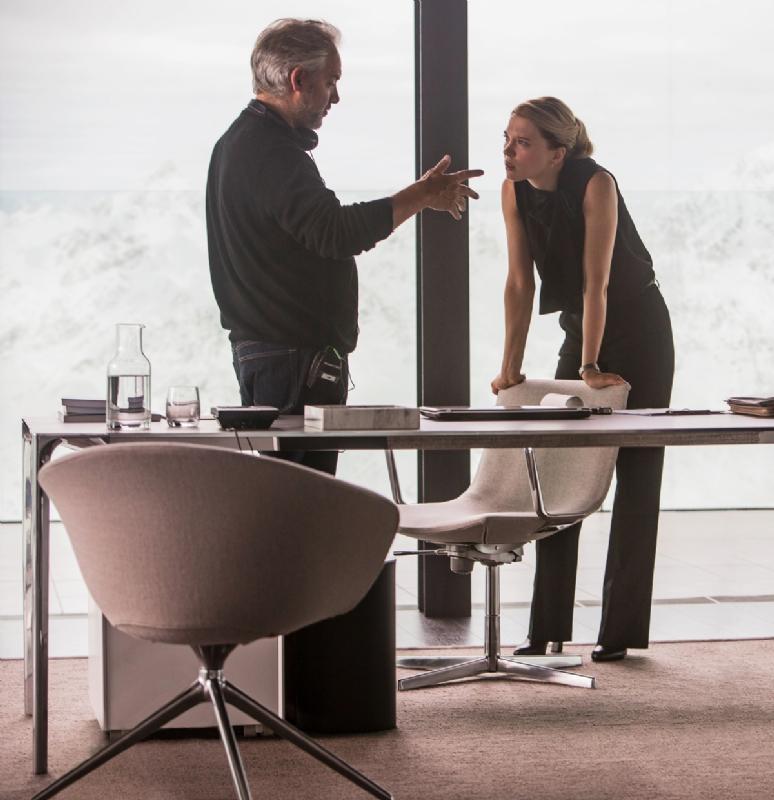 """Dave Bautista e Léa Seydoux em """"007: Spectre"""" 1/2"""