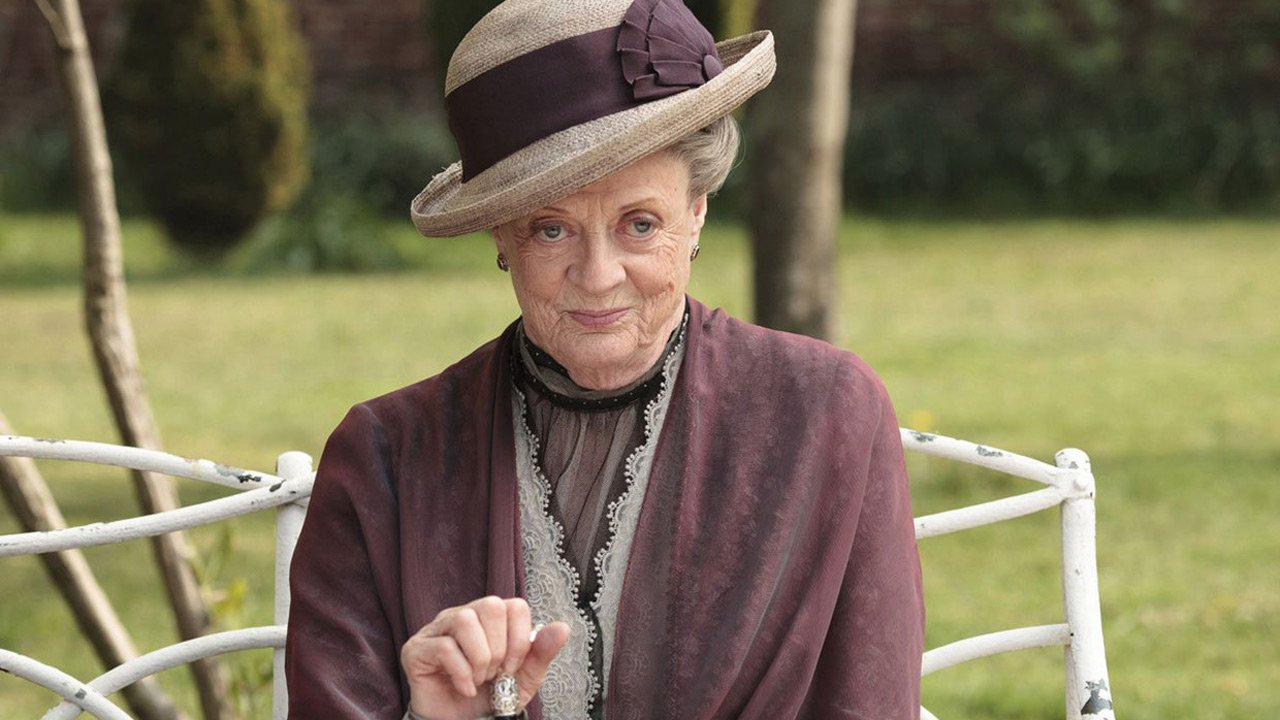 "Maggie Smith prepara o adeus a ""Downton Abbey"""