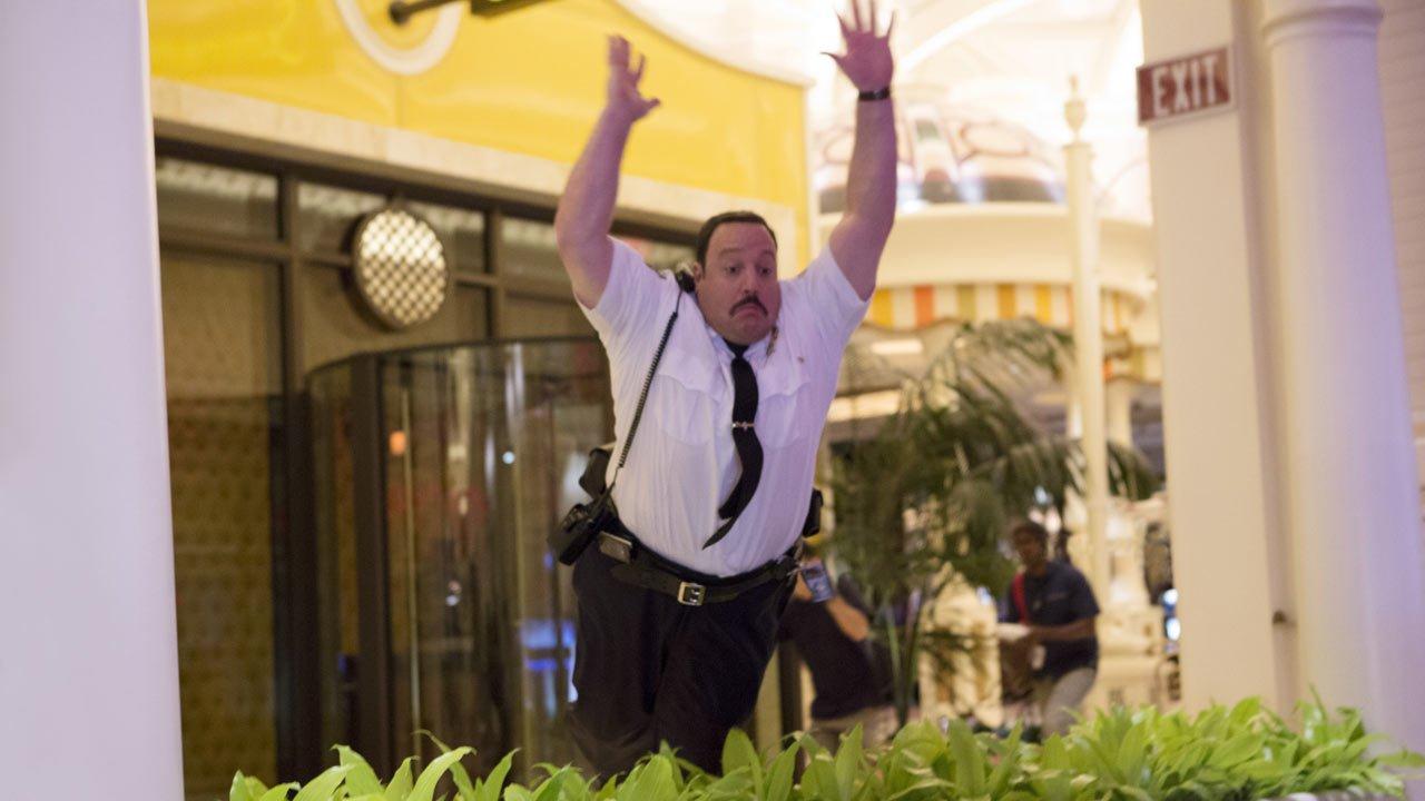 """[Terminado] Ganhe convites para a ante-estreia do filme """"O Segurança do Shopping - Las Vegas"""" no Porto"""