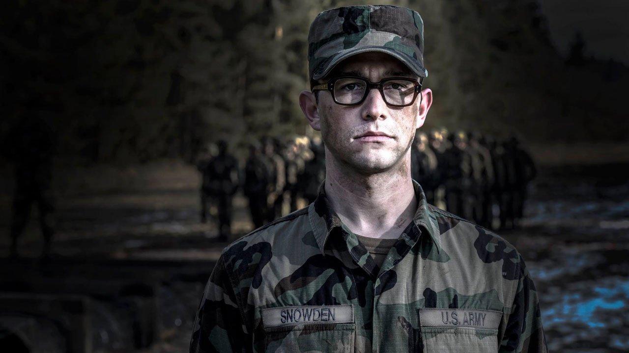 """""""Snowden"""": primeiro trailer do filme de Oliver Stone"""
