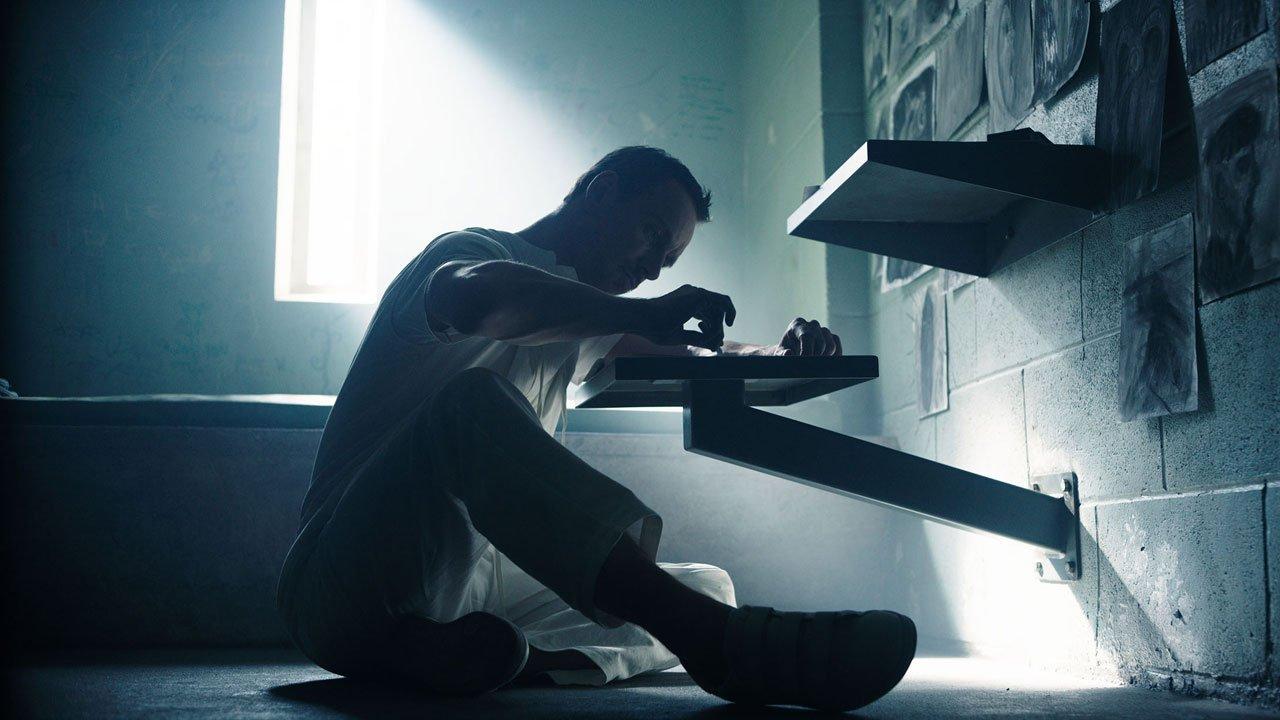 "Nova imagem de ""Assassin's Creed"" com Michael Fassbender"