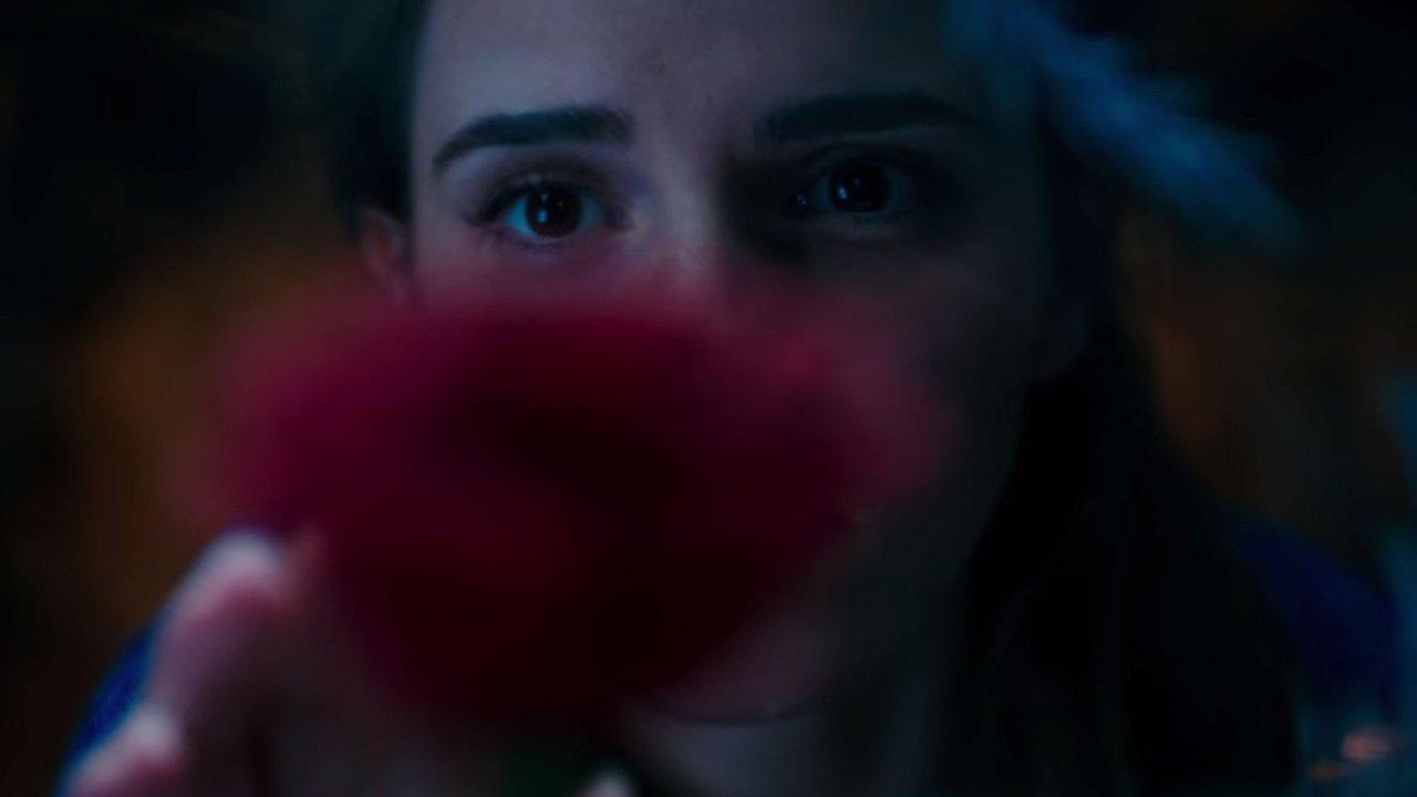 """Primeiras imagens de """"Beauty and the Beast"""" com Emma Watson"""