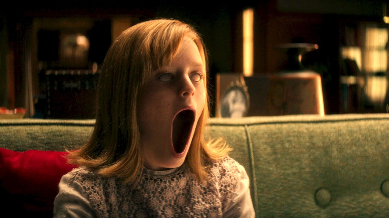 "As raízes do mal são desvendadas no trailer de ""Ouija: Origin of Evil"""