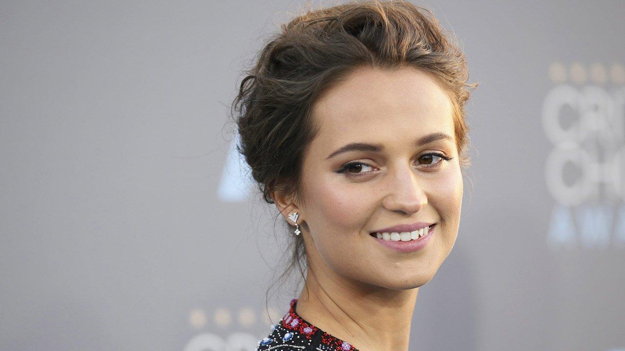 """O """"Tomb Raider"""" de Alicia Vikander estreia em março de 2018"""