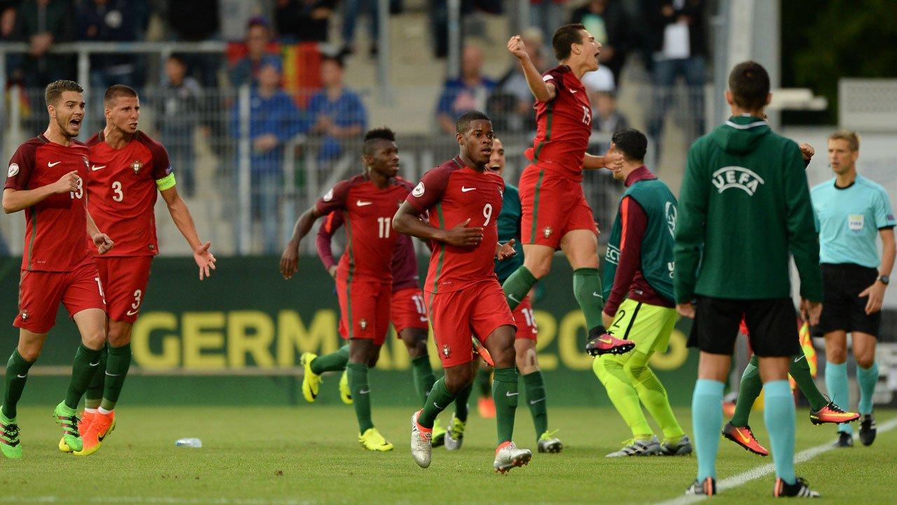 Meias finais do Europeu de futebol em selecções sub-19 em direto no Eurosport