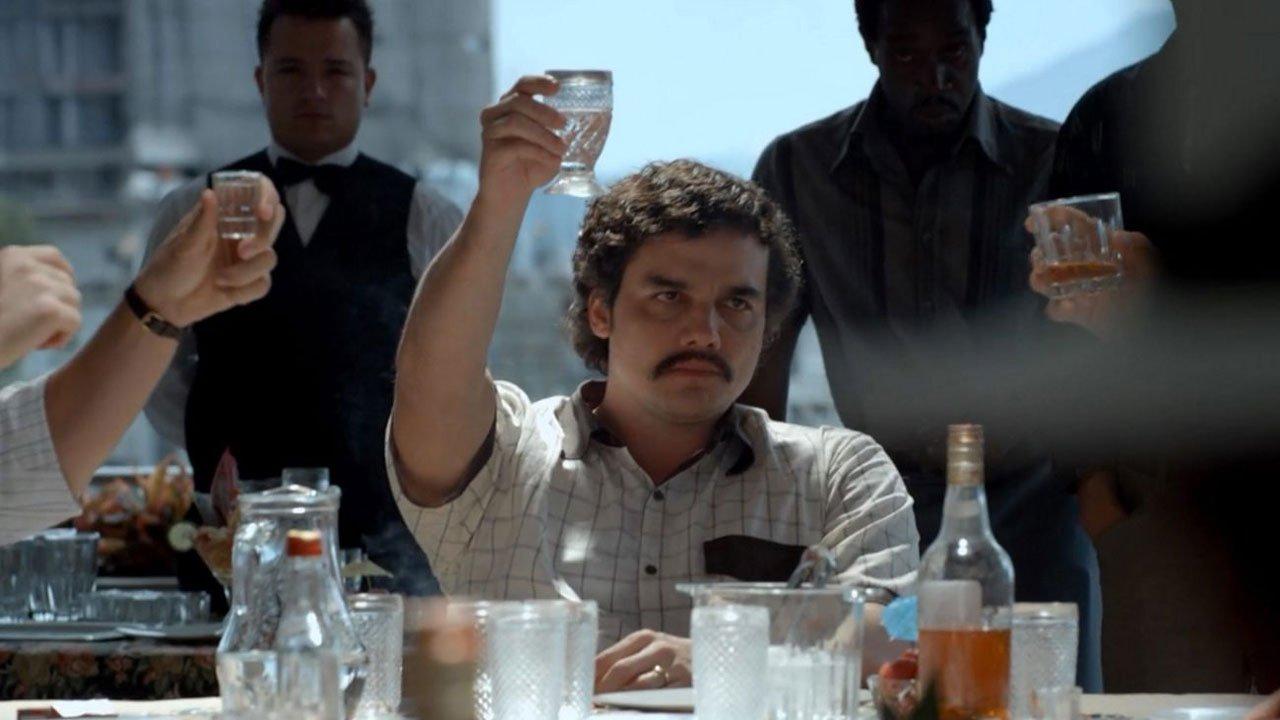 """Netflix divulga mais um trailer da segunda temporada de """"Narcos"""""""