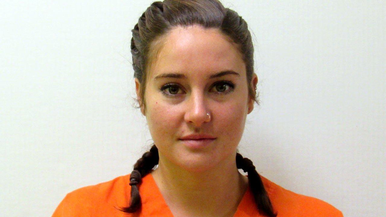 Shailene Woodley detida em protesto contra oleoduto que atravessa território sagrado dos Sioux