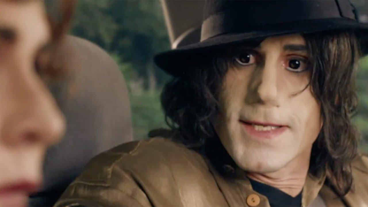 "Joseph Fiennes surge como Michael Jackson no trailer de ""Urban Myths"""