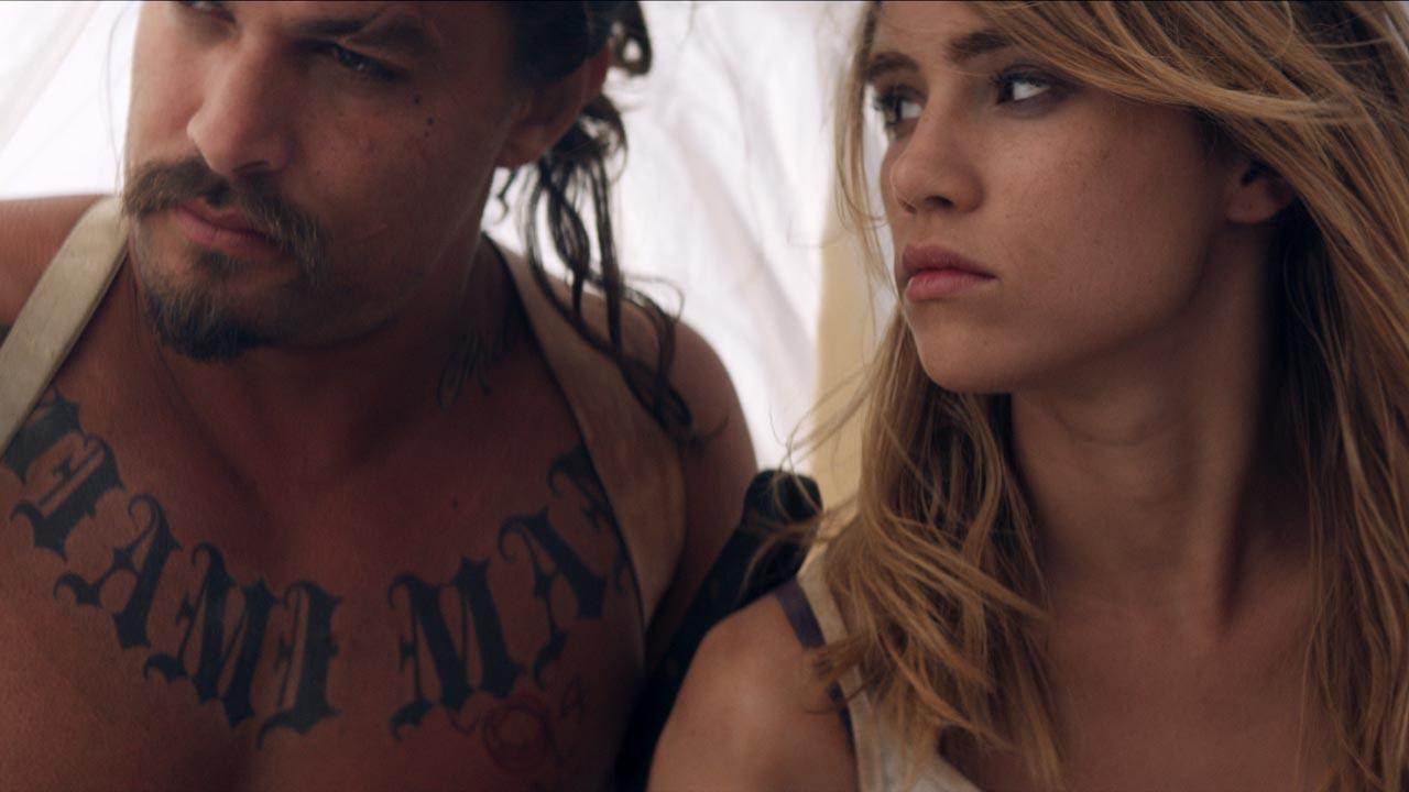 """""""The Bad Batch"""": novo trailer para o filme de Ana Lily Amirpour sobre uma tribo de canibais"""