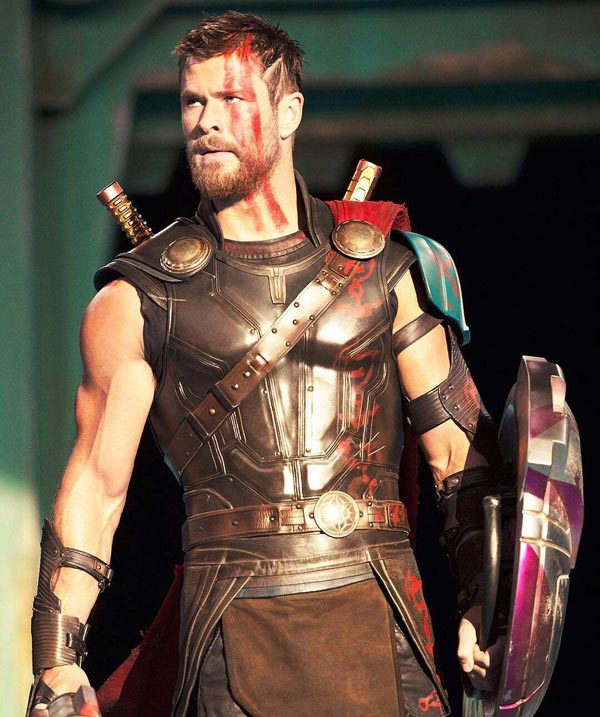 Thor: Ragnarok 3/4: Chris Hemsworth é Thor