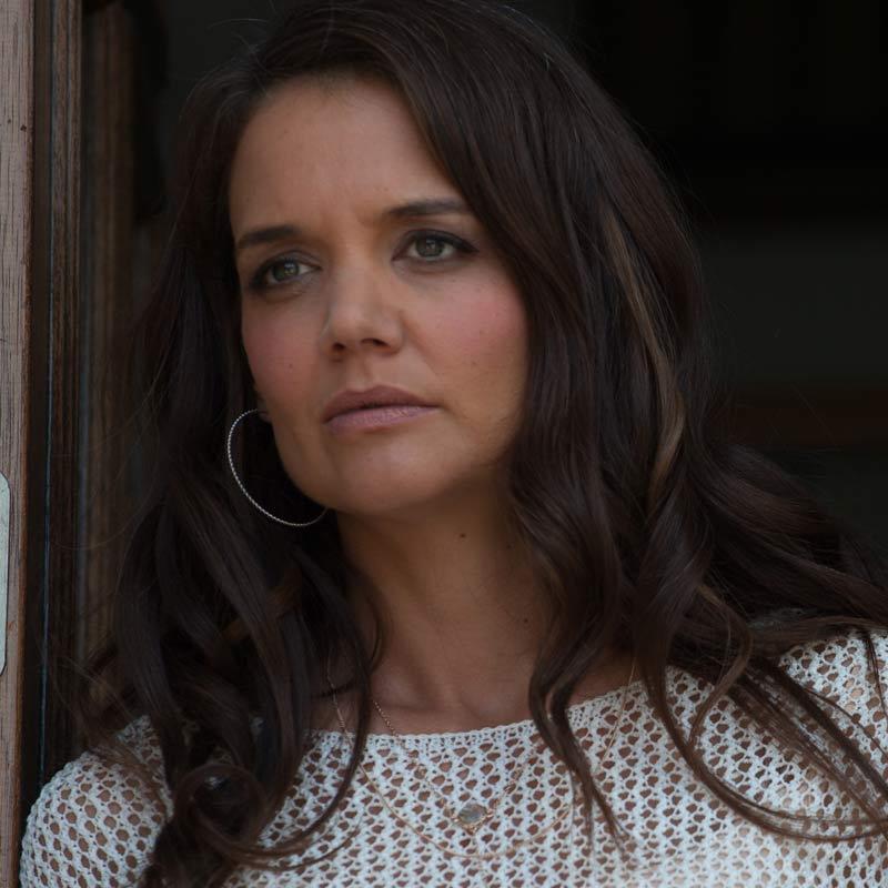 Logan Lucky - elenco e personagens 6/12: KATIE HOLMES (Bobbie Jo Chapman)